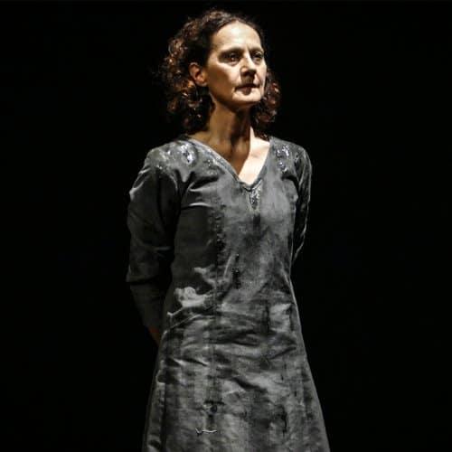 Isabella Carloni, Antonio Lovascio e Valentina Illuminati in Le belle parole